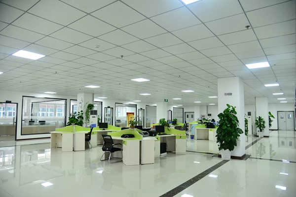 企业定制版模式,重庆新华电脑学校与重庆德慧芯科技合作