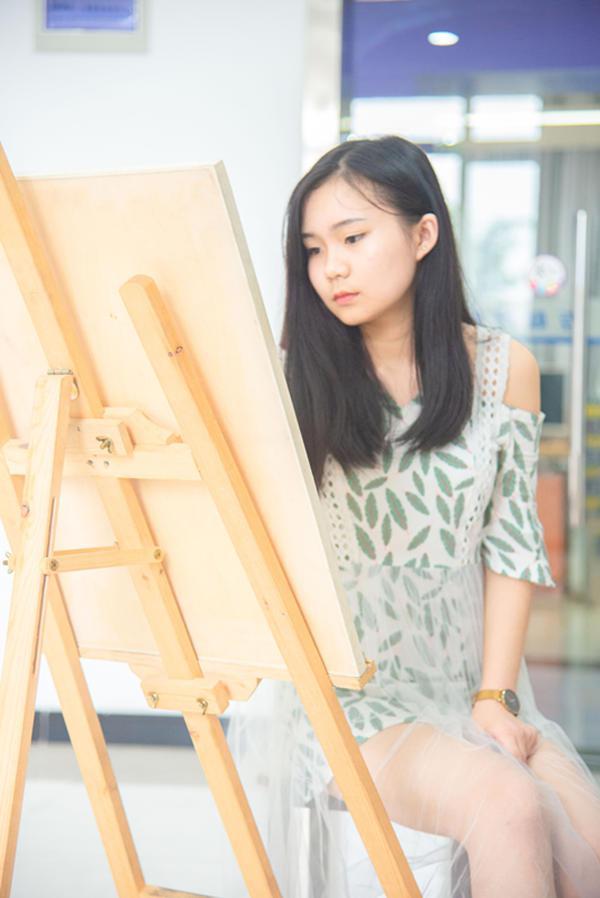 重庆新媒体UI创意设计师行业前景