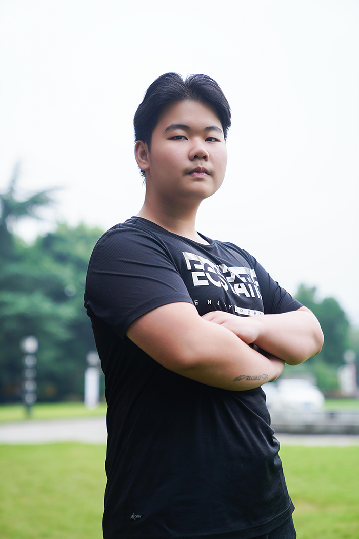 【新生故事】汪鑫燦:来新华 为未来而燃烧