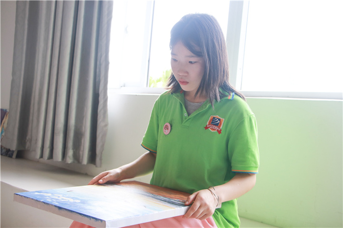 【新生故事】卢瑞雪:读学前教育 不负韶华打拼未来