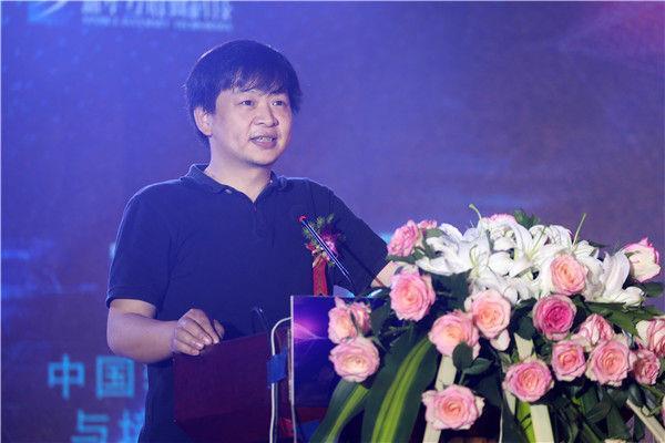 中国软件行业协会教育与培训委员会秘书长胡光耀作主题分享