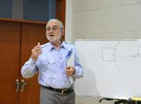 加拿大著名国际设计大师皮埃尔博士来新华交流讲学