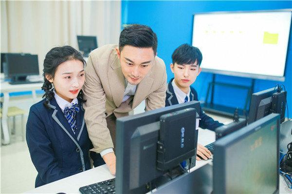 2019初中毕业女生学什么好?