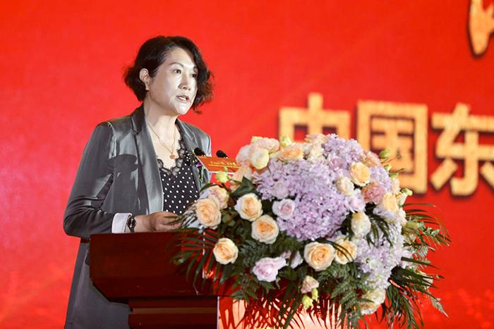 image003蔺琪理事长宣读中国民办教育协会贺信.jpg