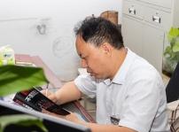中国东方教育匠师:张兴强 ▎不忘初心 新华十载风雨同舟
