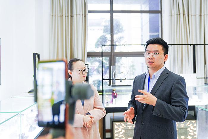 重庆新华电脑学校线上名企参观研学游(三)