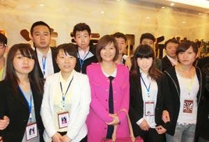 开展就业保障与服务-重庆新华电脑学校