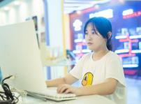 【新生故事】16岁女生学什么 选对专业很重要