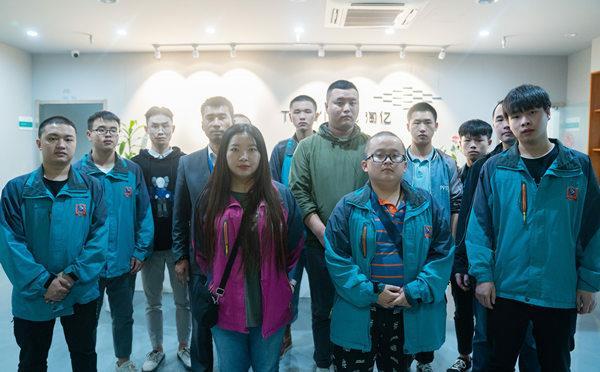 重庆新华一直十分重视学生的实践能力